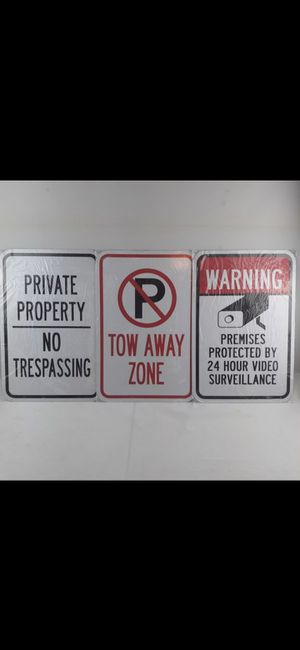 Pack of 3 Aluminium Parking Signs for your property or for room decoration garage man cave tow away zone private property no trespassing 24 hr for Sale in San Bernardino, CA