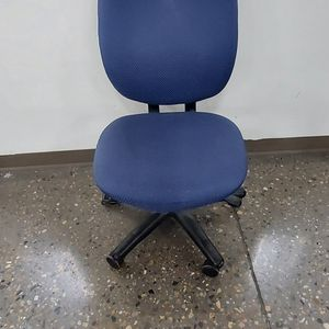 Rolling Office Chair for Sale in Albuquerque, NM