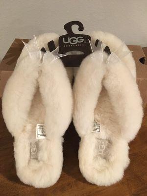 UGG Australia Fluff Flip Flop- size 8 for Sale in Seattle, WA
