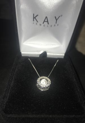 Kay jewelers diamonds in motion necklace for Sale in Riverside, CA