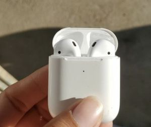 Airpods 2 for Sale in Sacramento, CA