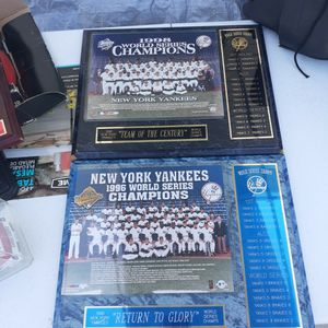 Yankees Collectibles for Sale in Lake Wales, FL