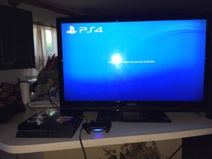 Joint pack 40 inch tv an 2g p4 an controller with cords for Sale in St. Petersburg, FL
