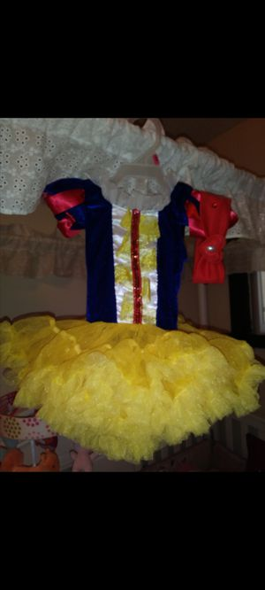 Snow white costume for Sale in San Pedro, CA