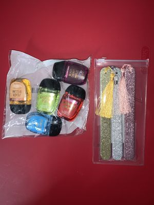 Bath body works + Macy's 3 Glitter Nail Files With Tassels. Beauty Bundle. No pick up. Only Shipping. Fast Shipping. ( Not selling separately) for Sale in Orlando, FL