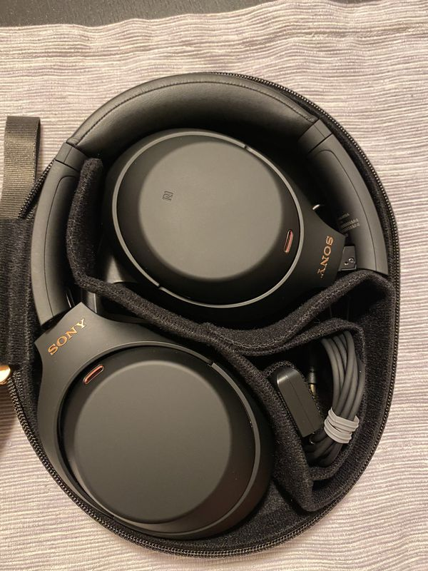 Sony WH-1000XM4 Noise Cancelling Headphones