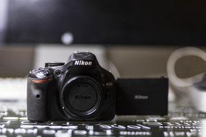 Nikon D5200 DSLR for Sale in San Diego, CA