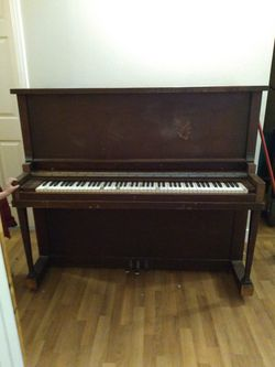 Antique Sargent Upright Piano for Sale in Gresham,  OR