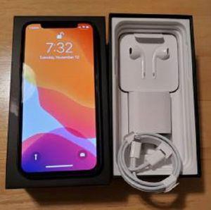 Unlocked iPhone 11 / 256 GB for Sale in Cedar Rapids, IA