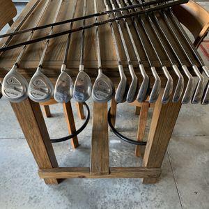 set of golf clubs for Sale in Winter Garden, FL