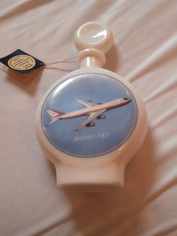 Boeing 747 Whiskey Bottle/Decanter for Sale in Snoqualmie Pass,  WA