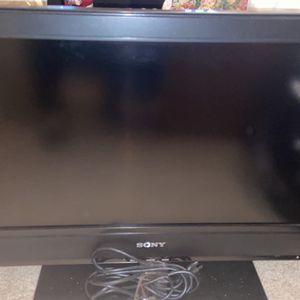 Sony Tv Great Condition 32 Inch for Sale in Lexington, SC