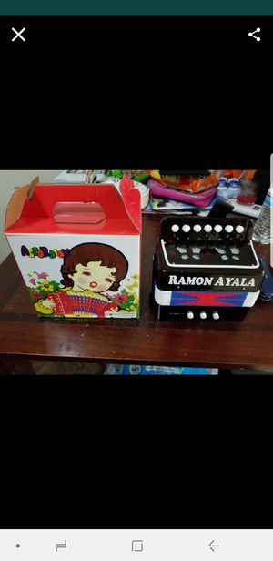 Kids ramon ayala accordion for Sale in Sanger, CA