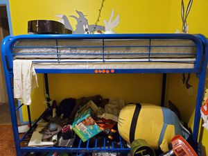 Free bunk bed needs to be taken apart and gone fully functional for Sale in Farmers Branch, TX