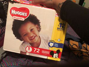 Huggies brand SIZE 5 for Sale in Columbus, OH