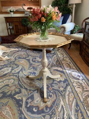 Accent Table for Sale for sale  Pennington, NJ