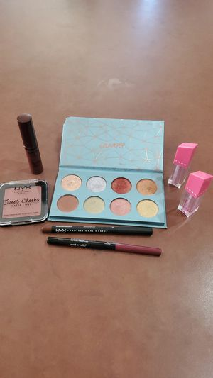 Colourpop nyx jeffree star wet n wild bogo please see my page for Sale in Surprise, AZ