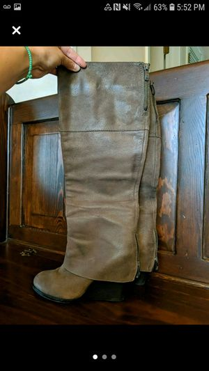 Vince Camuto boots size 8 for Sale in Arlington Heights, IL