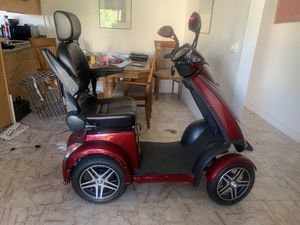 Zoome R418CS 4 Wheel Mobility Scooter for Sale in San Diego, CA