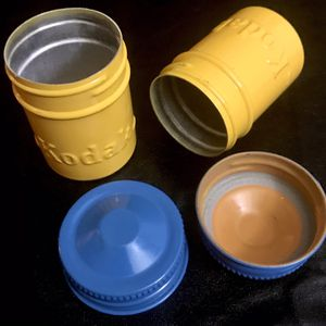 2 Vintage Kodak Metal Film Canisters for Sale in Wimauma, FL