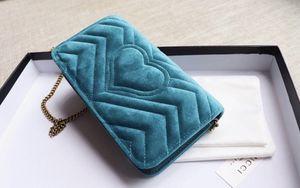 Gucci velvet bag for Sale in Los Angeles, CA
