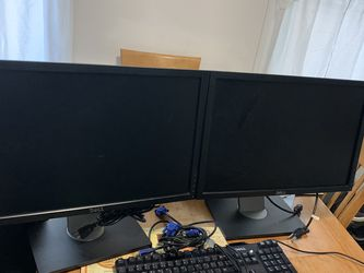 "2 Dell Monitors 20"" Key board And Mouse for Sale in Haverhill,  MA"