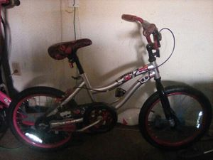Monster High Girl bike for Sale in Culver City, CA