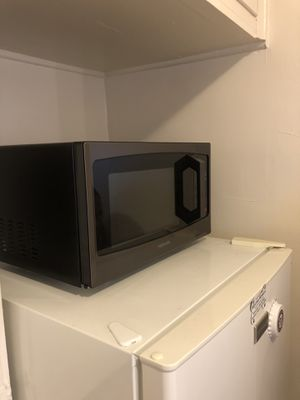 Toshiba Microwave for Sale in St. Louis, MO