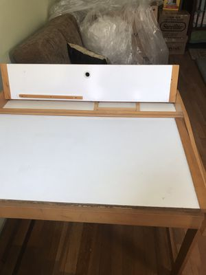 Kid's writing desk for Sale in Brooklyn, NY