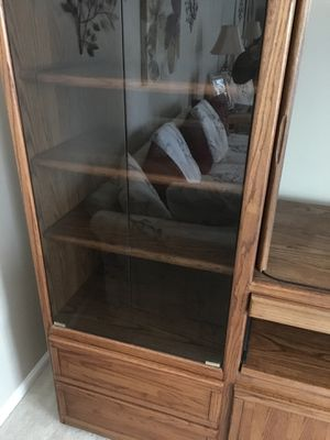 Entertainment center-solid oak for Sale in NO POTOMAC, MD