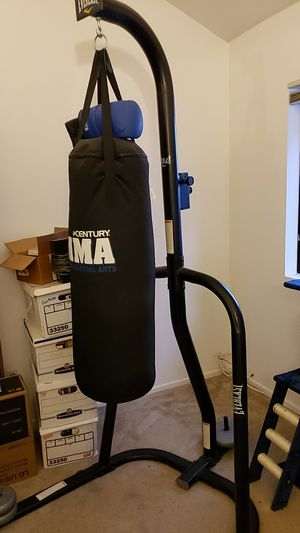 Everlast dual station bag stand for Sale in Huntington Beach, CA