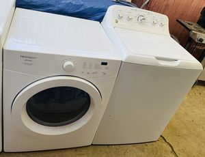 GE electric washer and Frigidaire electric dryer. for Sale in Aurora, CO
