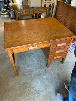 Oak Desk for Sale in Wrightsville, PA
