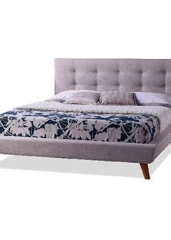 Queen size Bed Platform Bed for Sale in Inglewood,  CA
