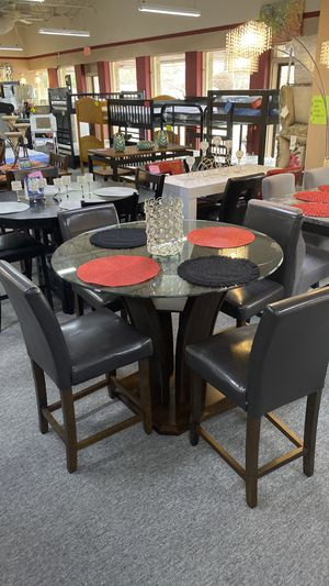 5Pc Counter Height Dining Table Set 4 Chairs and Glass Top DNZWC for Sale in Irving, TX