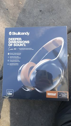 Skullcandy Crusher ANC bluetooth headphones noise cancelling for Sale in Los Angeles, CA