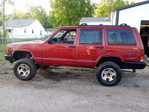 99 Jeep Cherokee for Sale in Lancaster, OH