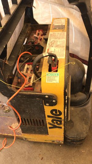 Battery forklift for Sale in El Sobrante, CA