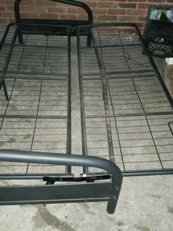 Futon Frame (Full Sz) Beautiful Condition for Sale in St. Louis,  MO