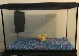 20 GALLON FISH TANK AND STAND for Sale in Riverdale, GA