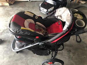 Baby stroller set with car seat and car base for Sale in Smyrna, TN