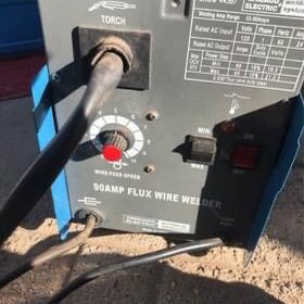 90 Amp Flux Wire Welder for Sale in Santa Maria, CA