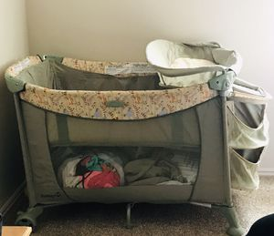 Safety 1st portable baby bed for Sale in Salt Lake City, UT