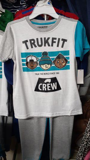 Trukfit seiz 6-7 for Sale in Huntington Park, CA