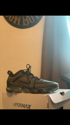 Nike vapormax size 11 for Sale in Fresno, CA