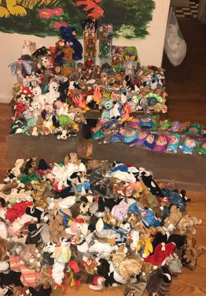 TY collection over 2000 bears the beanie babies collection for Sale in Detroit, MI