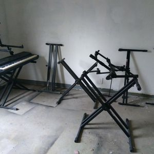 ALL THE KEYBOARD STANDS YOU SEE FOR $150!! MUST GO TODAY!! for Sale in Lithonia, GA