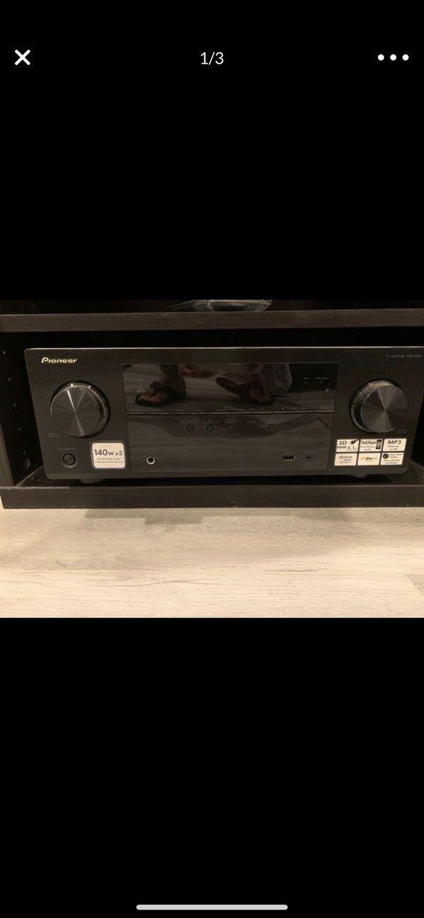 Pioneer VSX 522 AV receiver