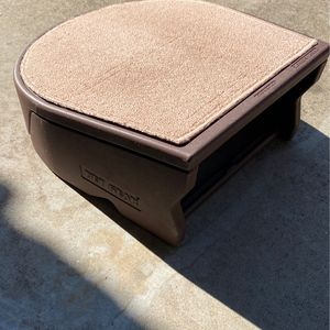 Doggy Step Stool for Sale in San Marcos, CA