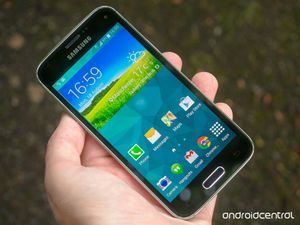 Samsung Galaxy s5 for Sale in Columbus, OH